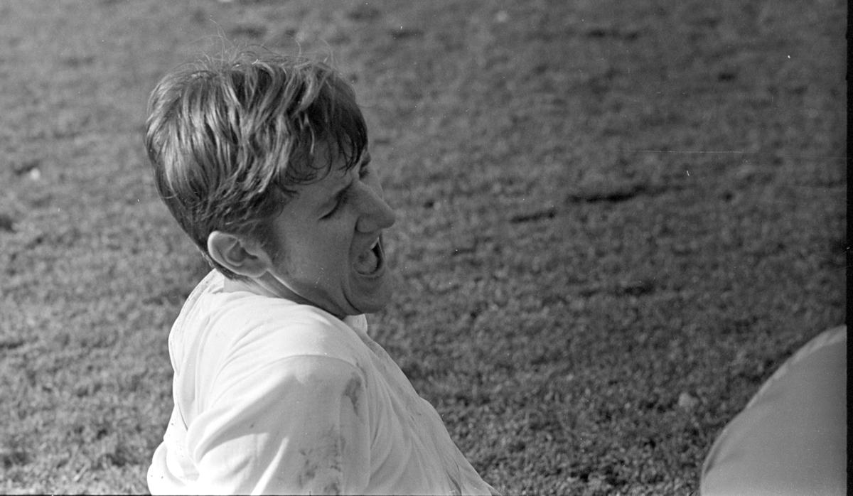 NM Fotball Sveum. Brumunddal. Norgesmesterskapet. Juniorfinalen 11. 10. 1970.  Brumunddal IL -Viking, Stavanger. Bjørn Olav Kristiansen.