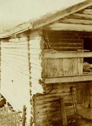 Detalj av loft, Hagen, Lesja, Oppland. Fotografert 1910.