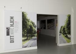 Inngangen til hovedlokalet i utstillingen om Bastøy skolehje