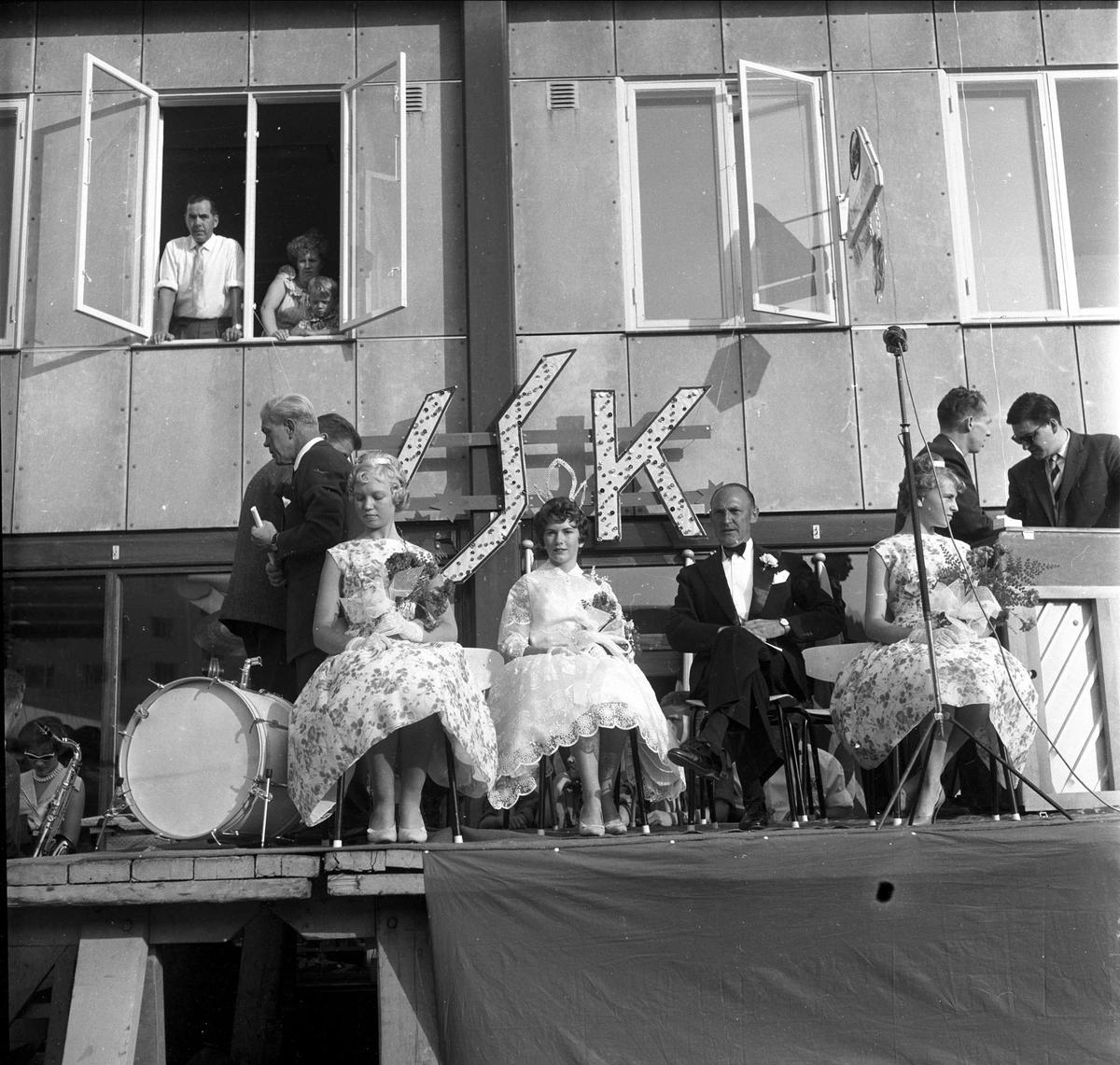 Kåring av Veitvetprinsessen, Veitvet, Oslo, antatt august, 1959.