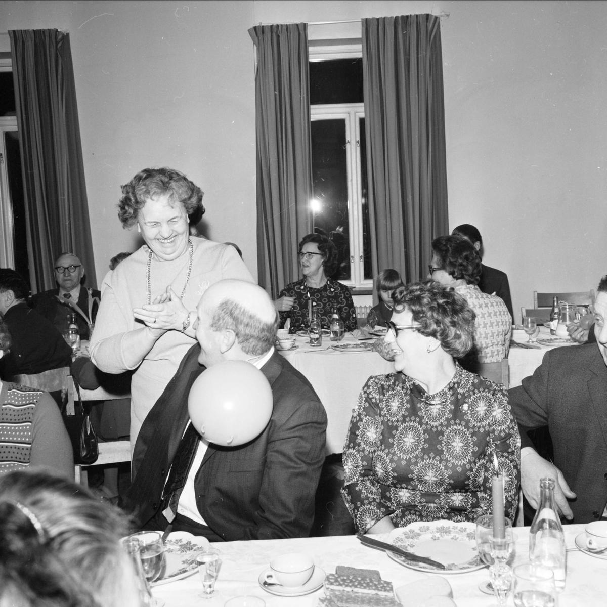 DHR Tierp har sillsexa, Tierp, Uppland januari 1973