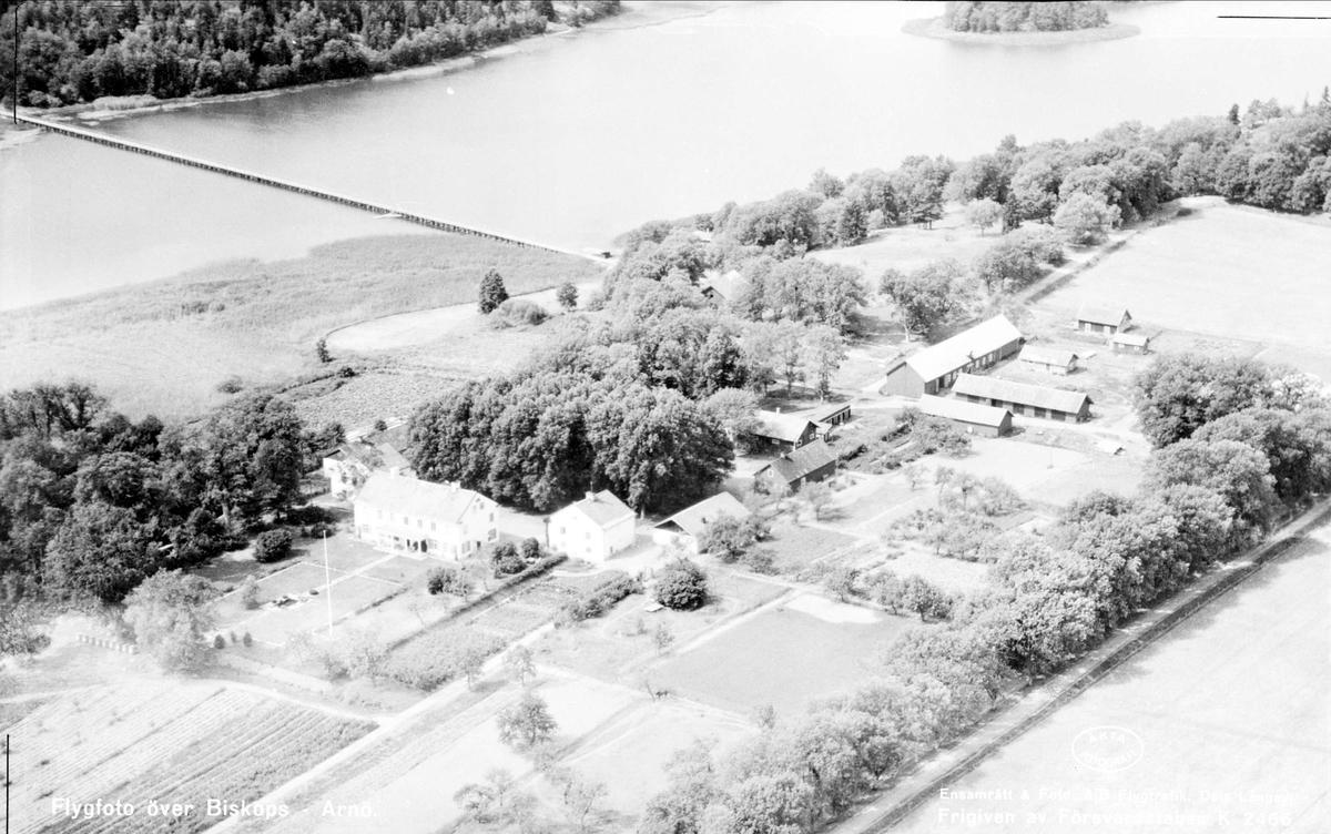Flygfoto över Biskops-Arnö, Övergrans socken, Uppland 1947