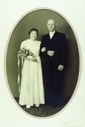 Brudebilde av Tomine Håland og Ola Bransdal. Audnedal.