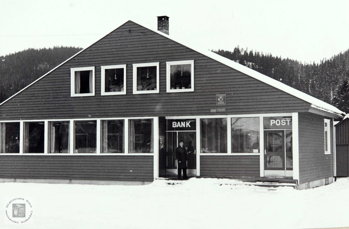 Bank og posthuset i Konsmo. Nord-Audnedal Sparbank. Audnedal.