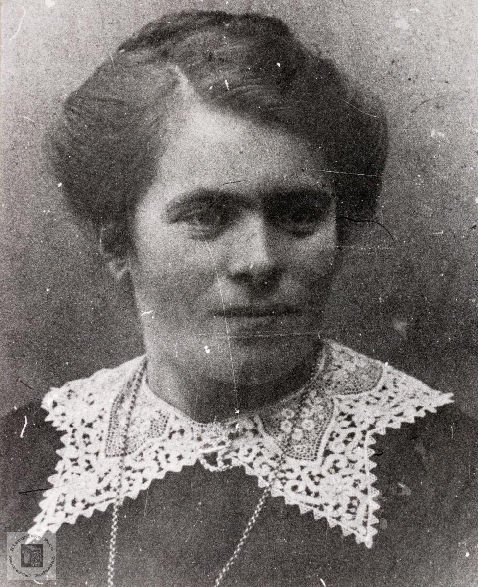 Portrett av Ingeborg Fiddan. Konsmo.