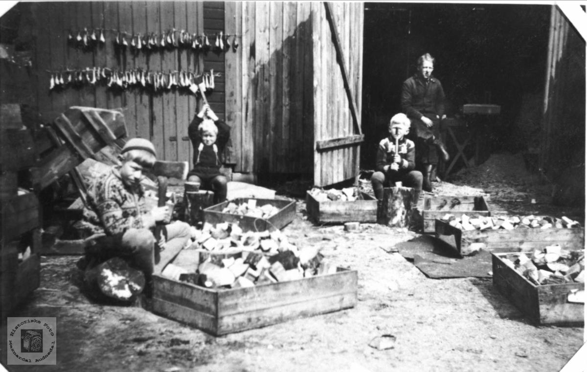 Produksjon av drivstoff til kjøretøy under andre verdenskrig, Bjelland.