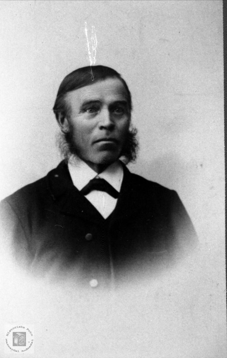 Portrett av Jens Røynesdal.