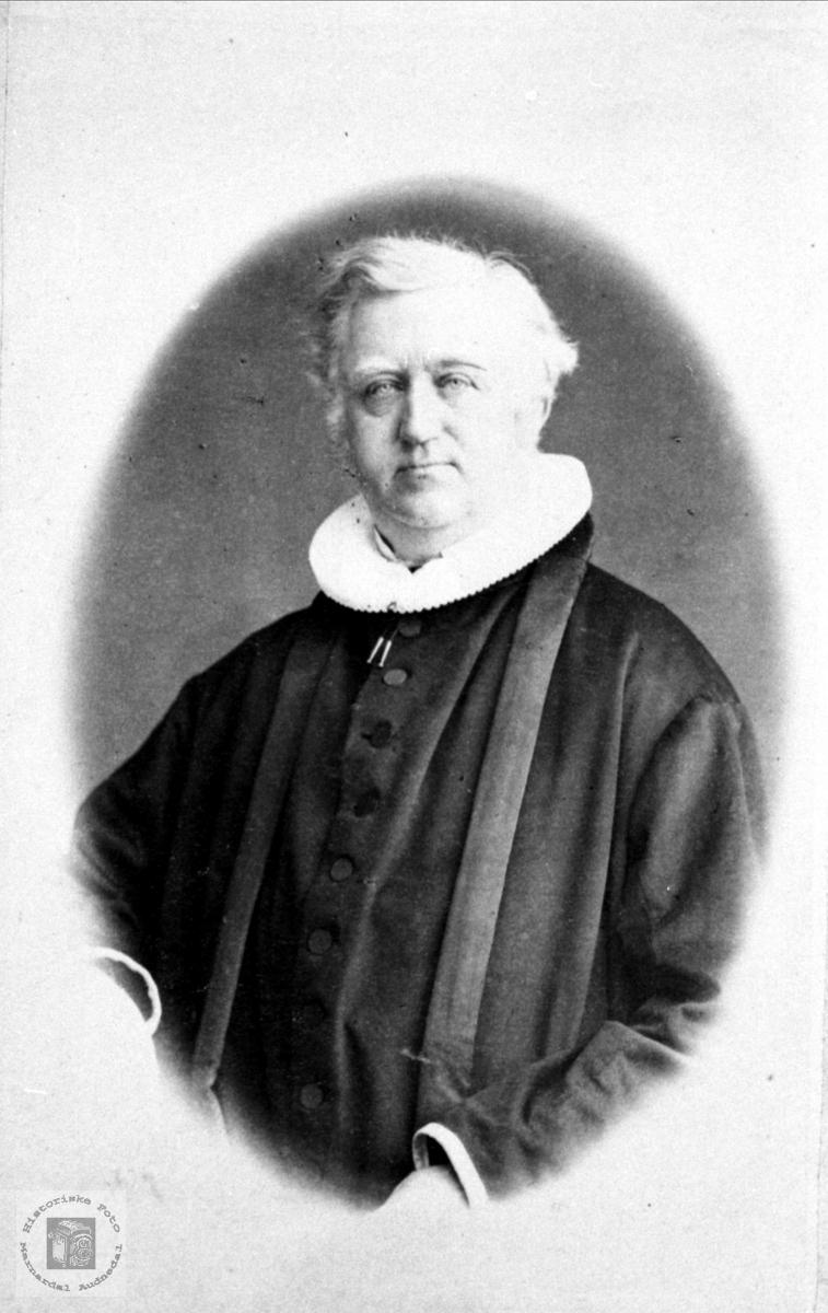 Portrett av Olaus Fredrik Duus.