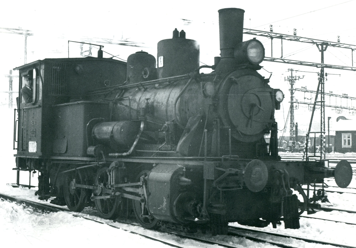 Damplok type 25d nr. 424 i skiftetjeneste på Oslo Ø.