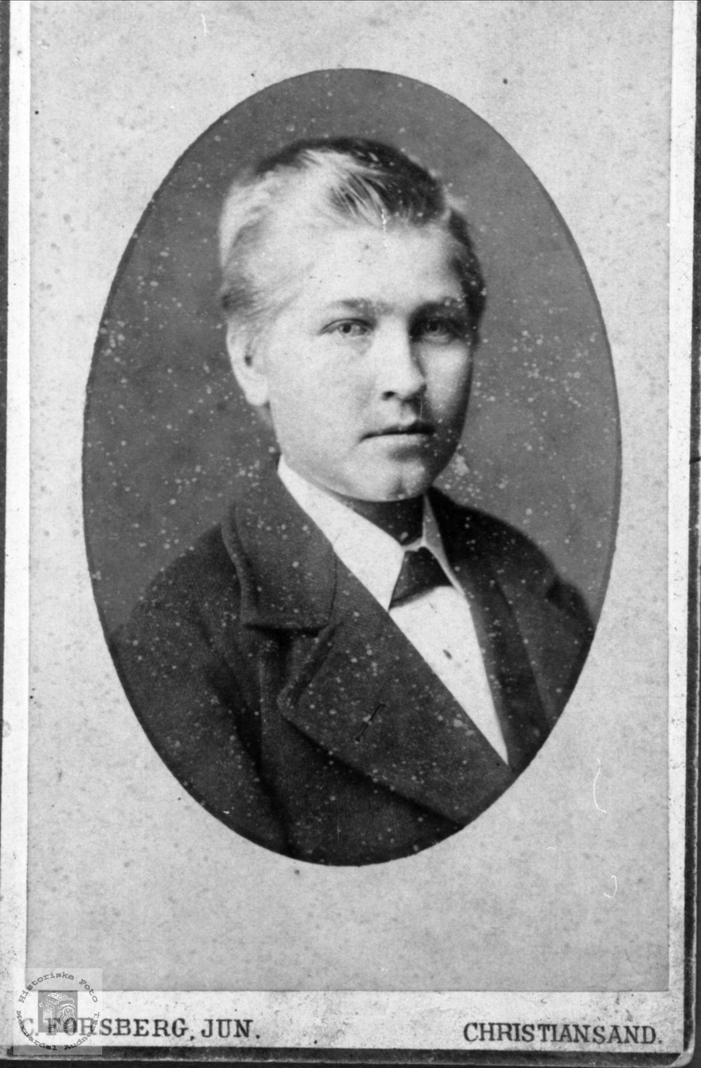 Portrett av Gunnar Heggland, Øyslebø.