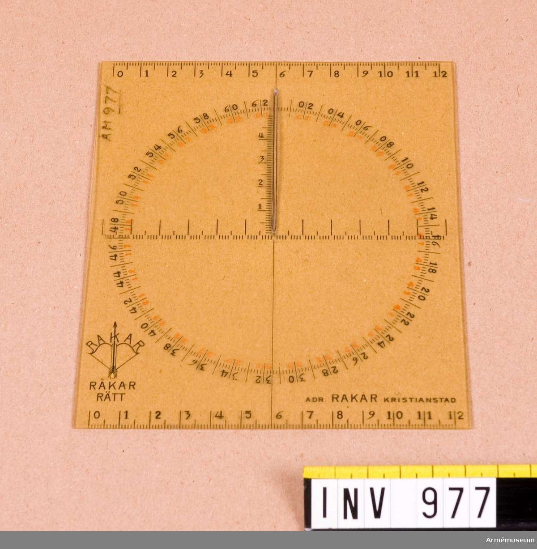 Vinkelmätare, kart-, civil typ. Av celluloid.