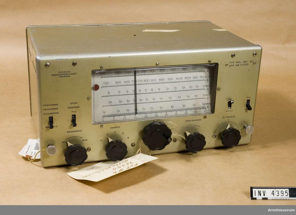 Mottagare typ MKL-941 B2. (Tc 92350).Vikt: 14, 3 kg.