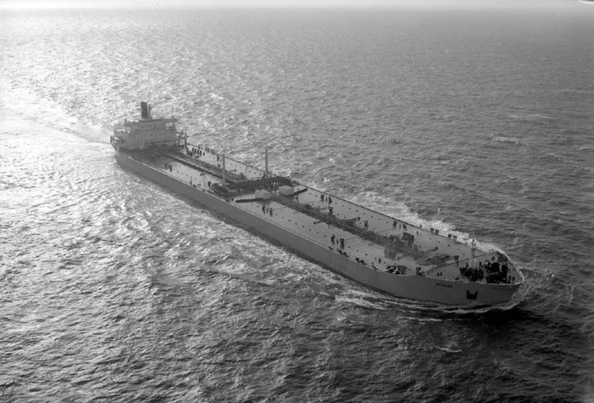 T/T Östhav DWT. 229.110 Rederi Per Lodding, Oslo Kölsträckning 70-10-22 Nr. 236 Leverans 71-10-25 Tankfartyg