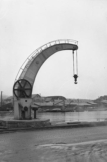 """Enligt notering: """"Kran i Hamnen 5/2 1948""""."""