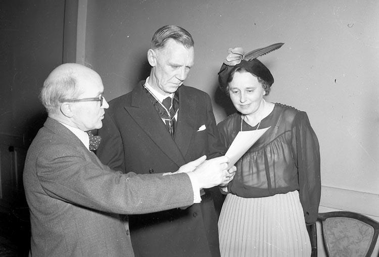 """Enligt notering: """"Alban Olsson får medalj Febr 1950""""."""