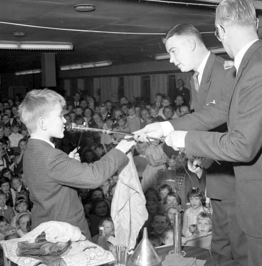 "Enligt notering: ""Lions barnfest d 11/1 -59""."
