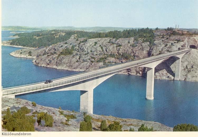 """Tryckt text på kortet: """"Källösundsbron."""""""