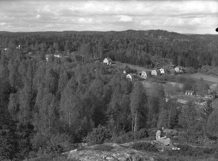 """Enligt fotografens noteringar: """"1946. nedre Lycke till vykort."""""""