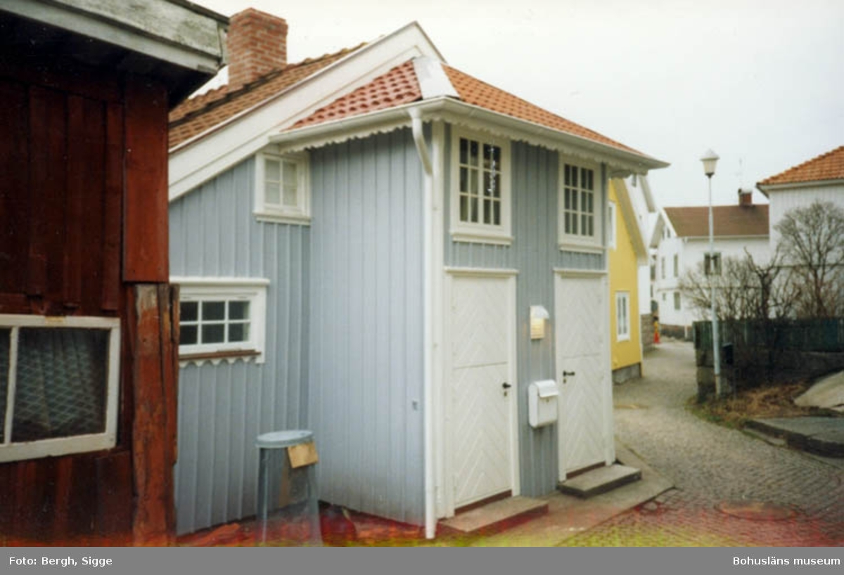"""Enligt text på fotot: """"Nyrenoverat hus Hasselösund med dubbelfarstu""""."""