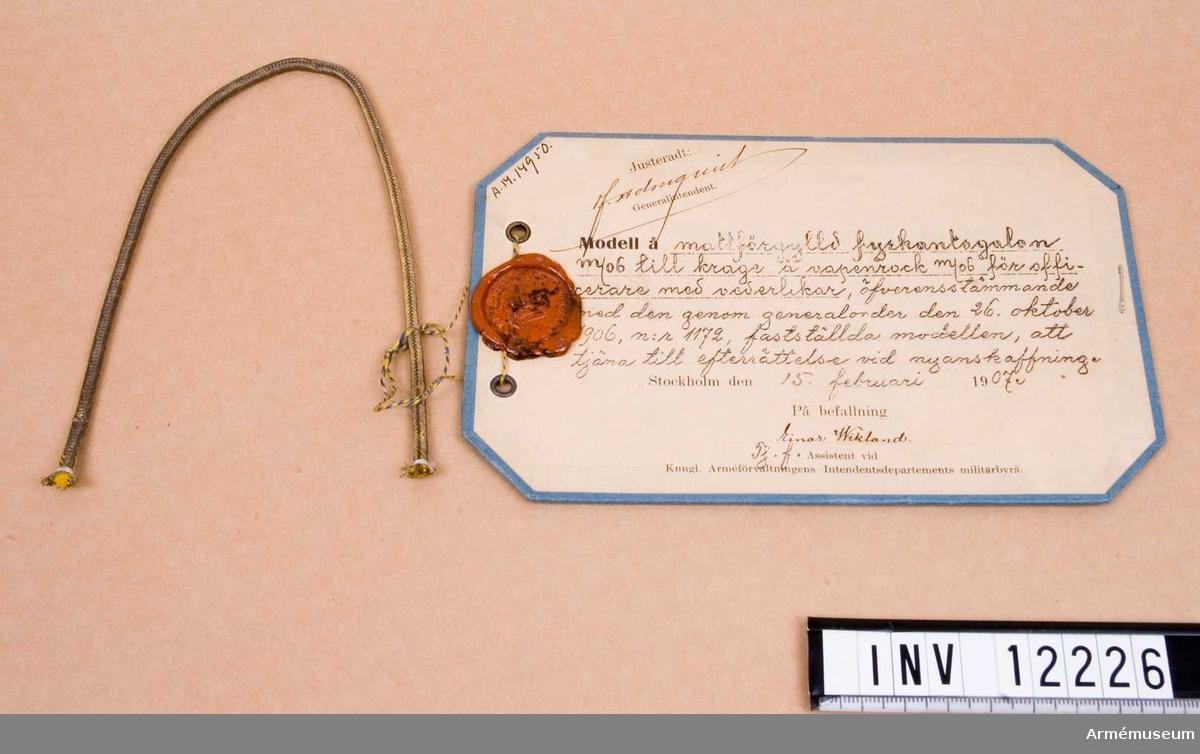 Grupp C. Till krage på vapenrock m/1906 för officerare.