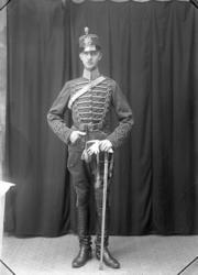 "Enligt fotografens journal Lyckorna 1909-1918: ""Hofverberg,"