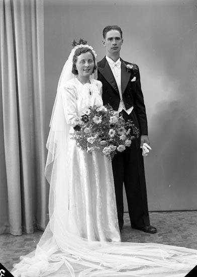 "Enligt fotografens journal nr 7 1944-1950: ""Adielsson, Herr Henrik Spekeröd""."