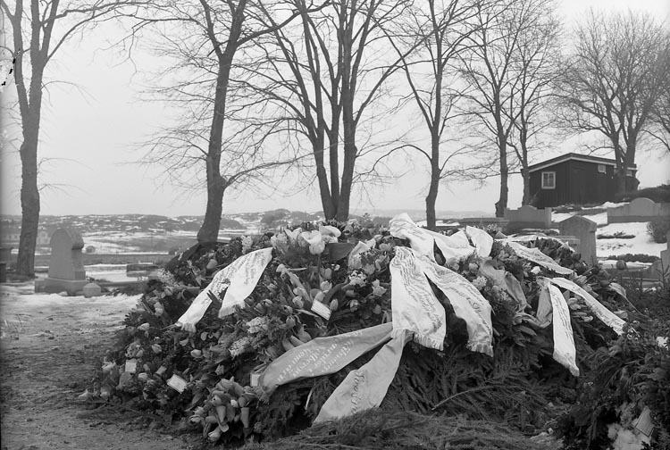 """Enligt fotografens journal nr 7 1944-1950: """"Larsson, Herr Sigfrid, Torp, Jäger"""""""