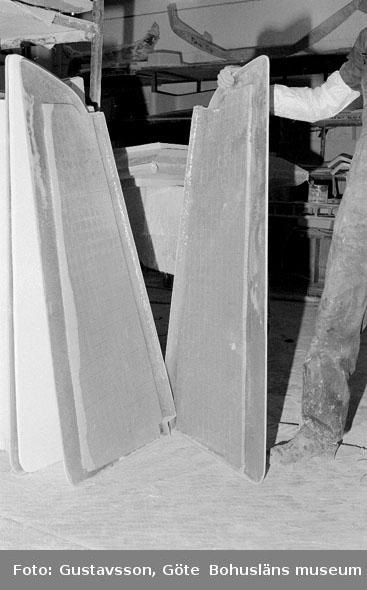 """Motivbeskrivning: """"Gullmarsvarvet AB, på bilden syns roder till Najad 34."""" Datum: 19801031"""