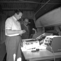 "Text till bilden: ""Vattensportfest i Lysekil. 1954.08.01"""