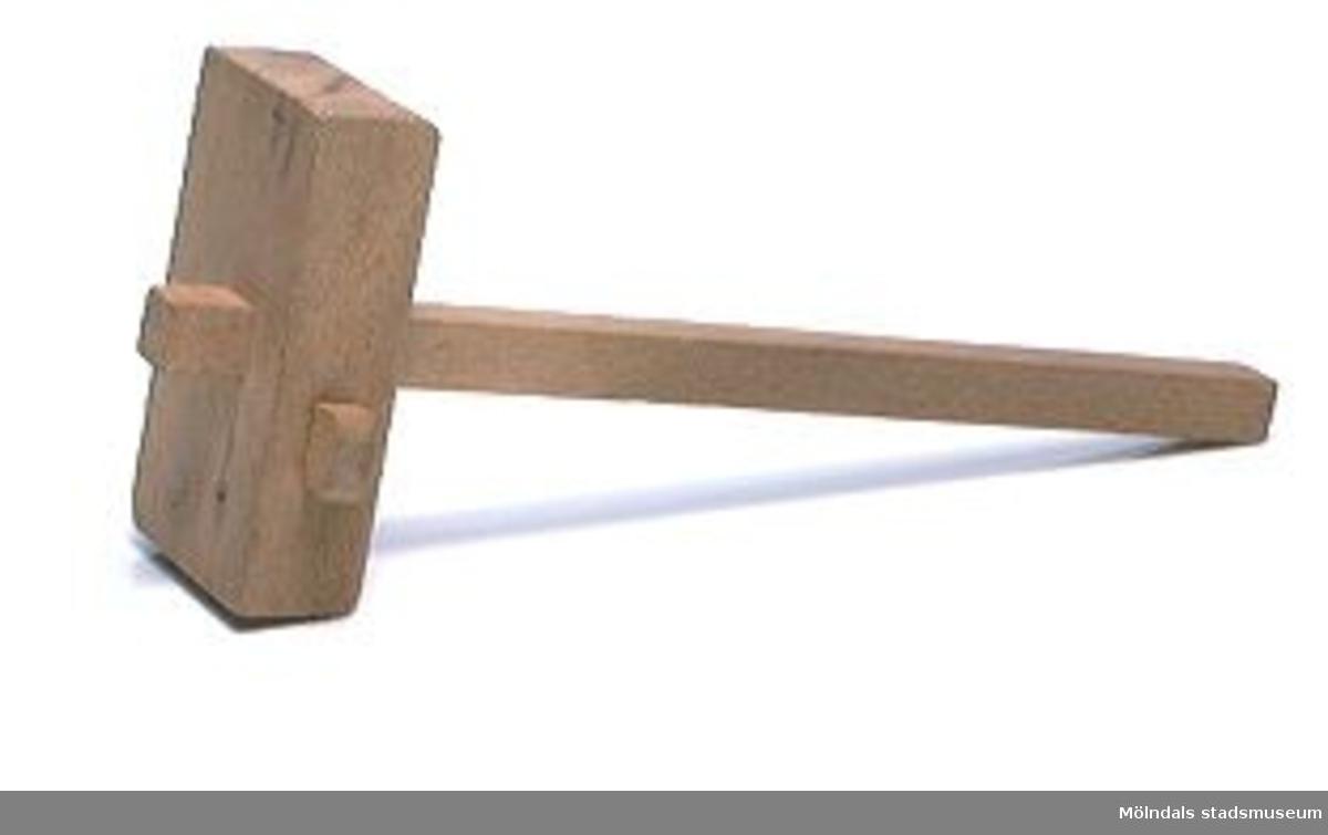 Rits, ett träbearbetningsverktyg för slöjdare. Ingår i en samling från Holtermanska daghemsverksamheten.