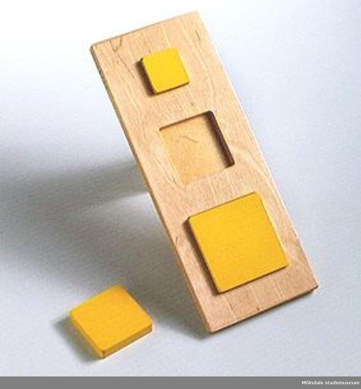 Pedagogiskt pussel med fyrkanter.Ingår i Holtermanska samlingen.