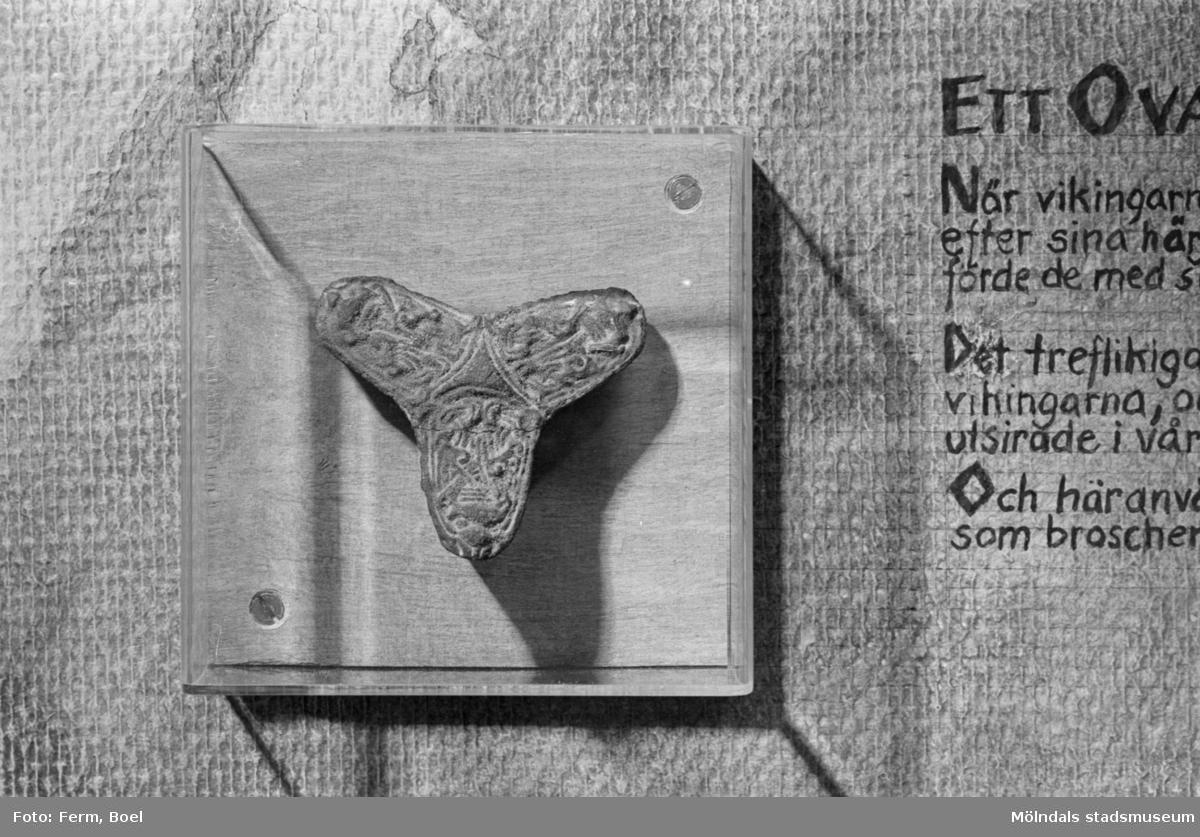 Mölndals museums basutställningar: Smycke från vikingatid.