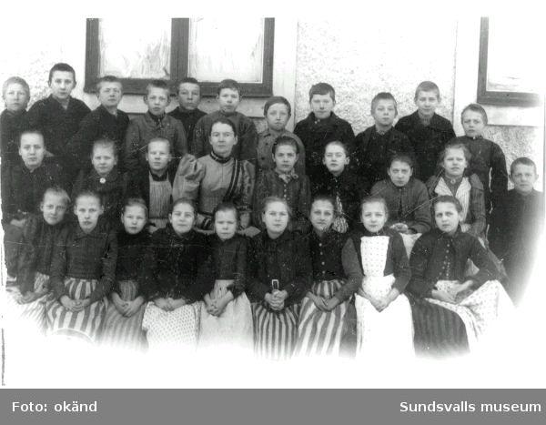 Mons skolas avgångsklass 1886