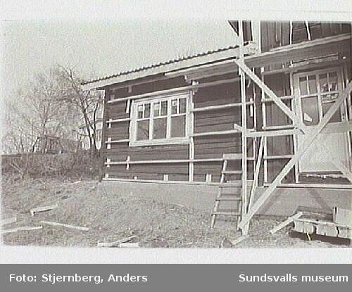 Ombyggnad av bostadshus.