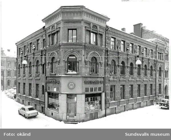 Boktryckeri AB. Rådhusgatan 19. Före fasadrenovering.