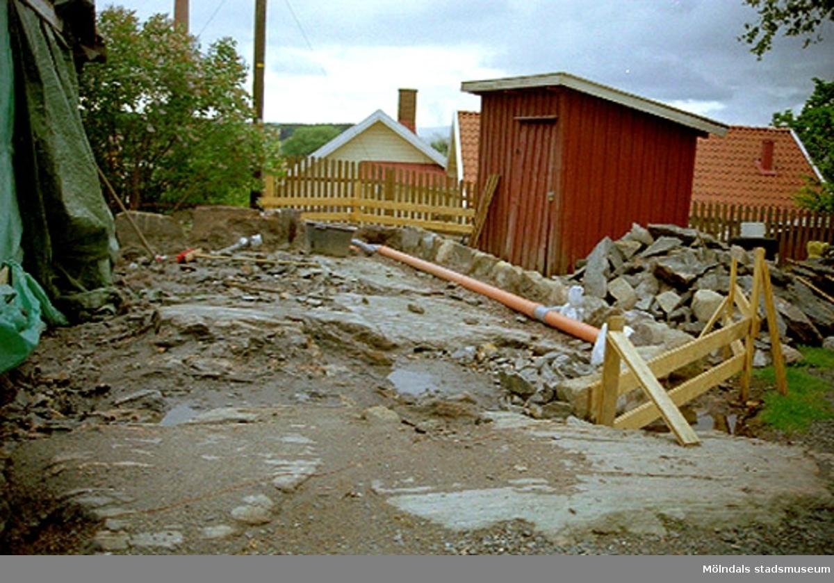 Bygglov:Roten M 29, Rosendal 12, Mölndals Kvarnby, 2002-04-24.