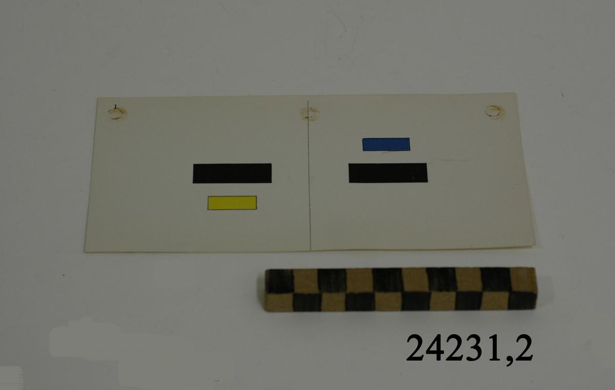 Rektangulärt vitt pappersark, numrerat I i övre vänstra hörnet. På arket syns två stycken olika bilder, en för vardera öga. Till vänster: Två liggande rektanglar, den övre lång och svart, den nedre något kortare och gul. Till höger: Två liggande rektanglar, den övre kort och blå, den nedre svart och lång.