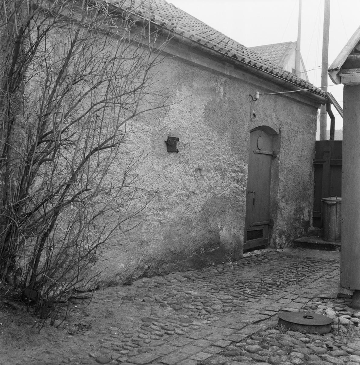 Övrigt: Fotodatum:1/2 1961. Byggnader och Kranar. Varvsgatan