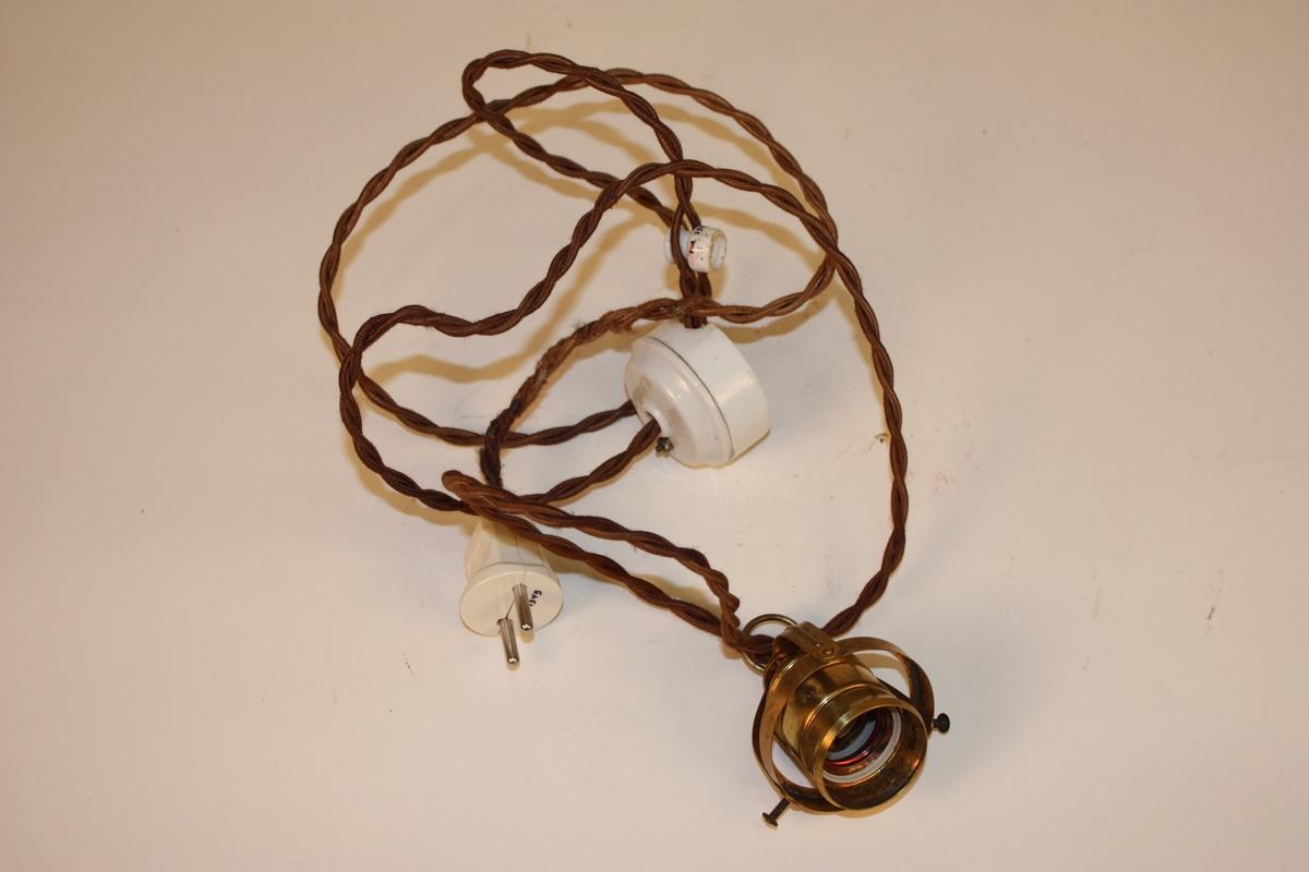 Form: rund haldar, tvinna ledning