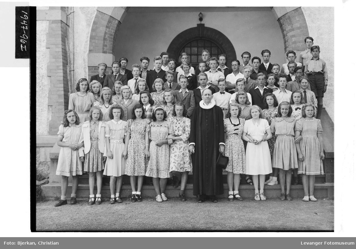 Levanger & Frols konfirmanter, 1947