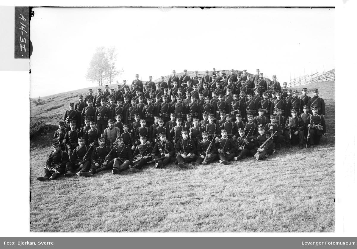 Bilder fra militær øvelse  i Verdal høsten 1905 VII