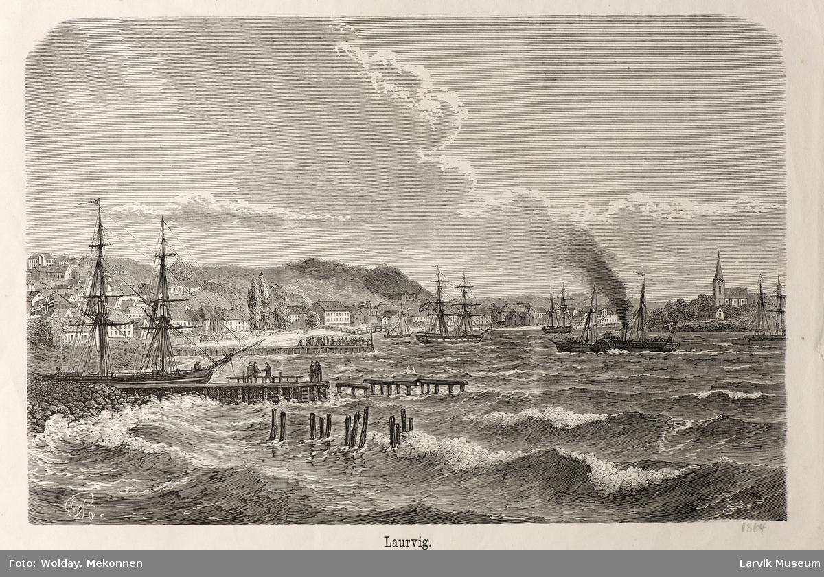parti fra Larvik havn mot byen og kirken