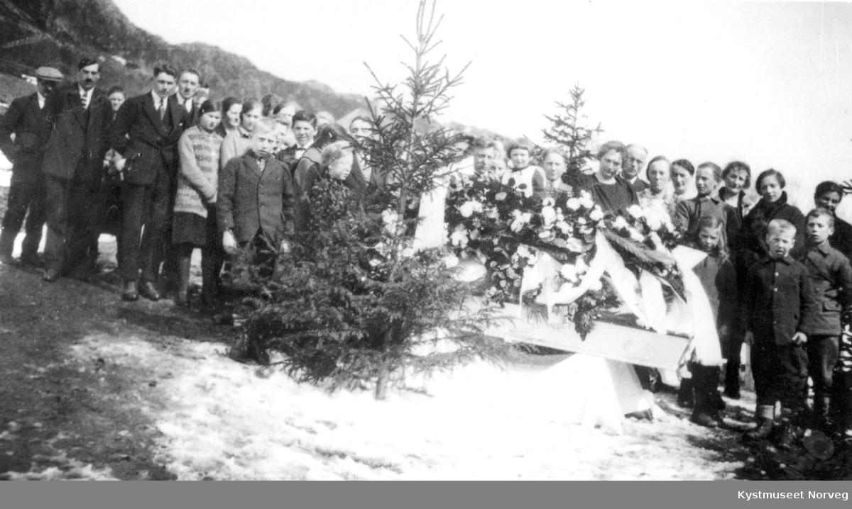 Ruth J. Lilleveddes begravelse?