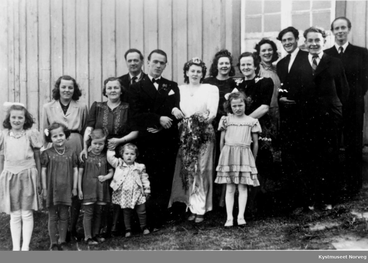Brudeparet  Ivar Sjånes og Anna Løvmo
