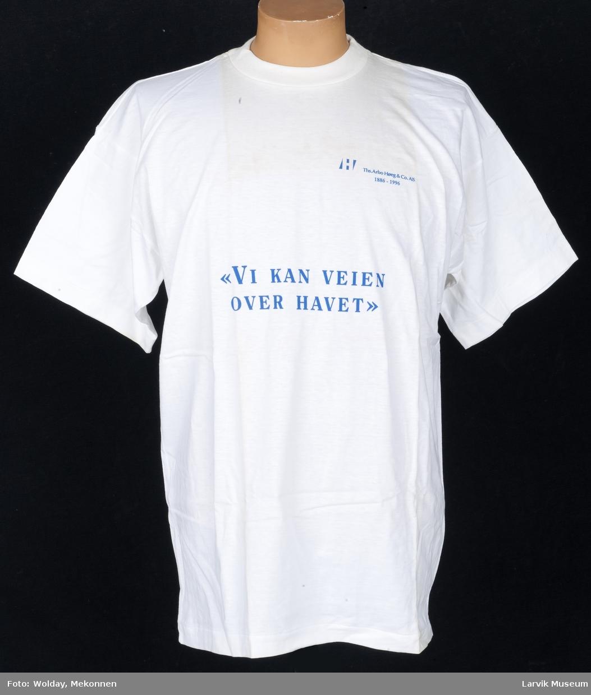 """Trykk: """"Vi kan veien over havet"""". Ths. Arbo Høeg & Co. A/S. 1886-1996"""