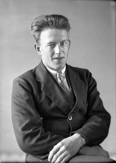 """Text till bilden: """"Ivar Isaksson""""."""