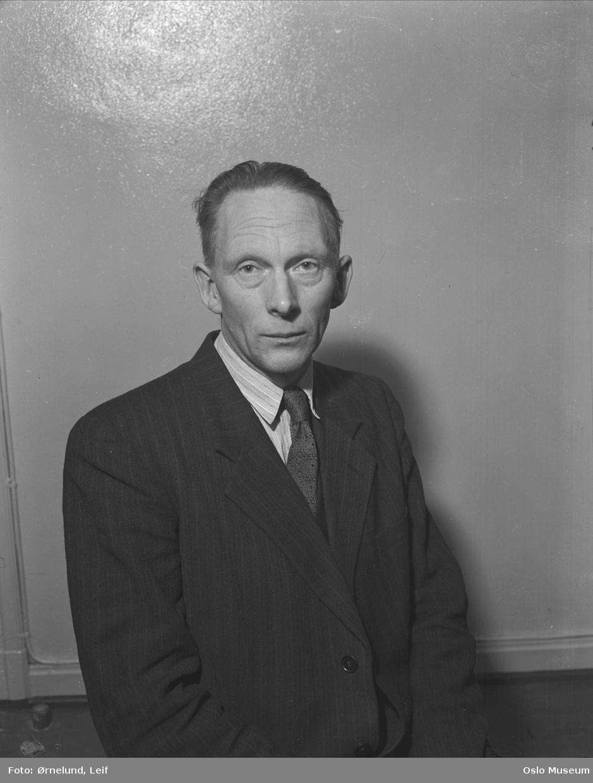portrett, mann, Venstre-politiker, halvfigur