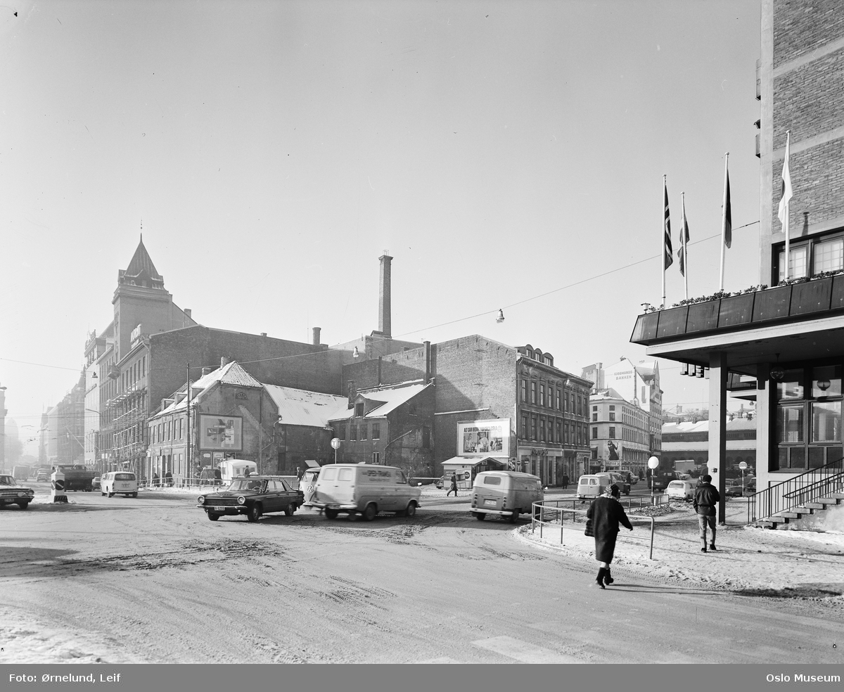 gateløp, gatekryss, biler, mennesker, gateliv, forretningsgårder, Hotell Viking
