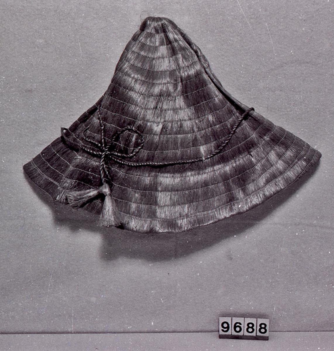 Form: Kjegleformet