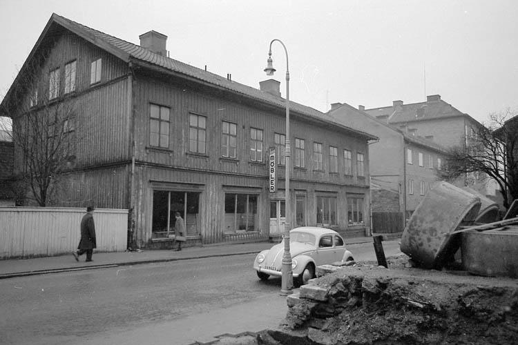 """Text till bilden:""""Lagerbergsgatan"""". Samhör med bilderna 85,86 i album 1."""